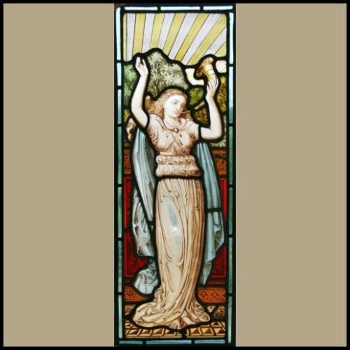 Pre-Raphaelite Maiden
